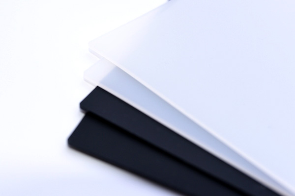 Various sizes of silicone pad.
