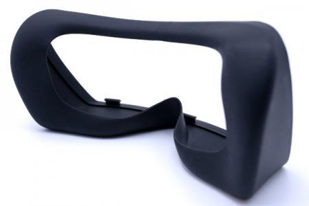 Silikonbrille für medizinische Geräte - Die Struktur ist ein Kunststoffrahmen kombiniert mit Silikon, die Oberfläche ist PU-beschichtet.