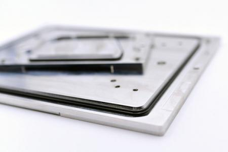 Silicone seal combined with magnesium alloys.