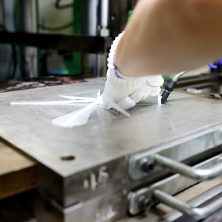 固態矽膠射出機