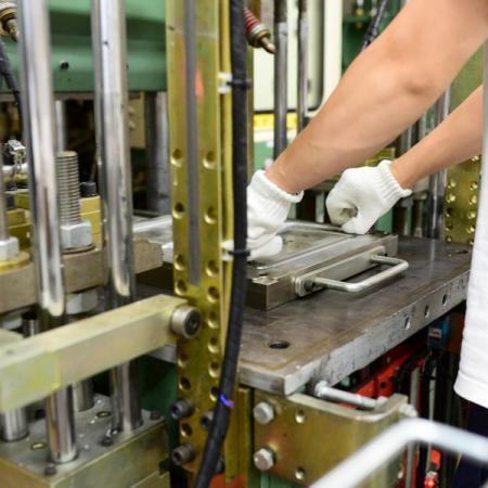 Máquina de compresión al vacío