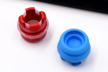 矽膠塞 - 矽膠橡膠塞。