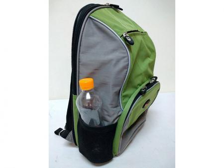 Bolsillos de botella de agua de malla lateral extraíble pequeña mochila.