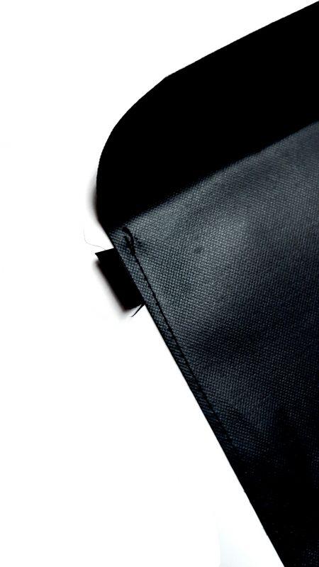 Vista posterior de costuras planas de bolsillo con capa de refuerzo