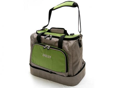 Two Layer Travel Bag - Travel bag with a separate shoe pocket.