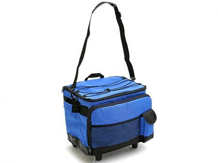 Removable shoulder strap, front mesh pocket, front zipper pocket, phone pocket.