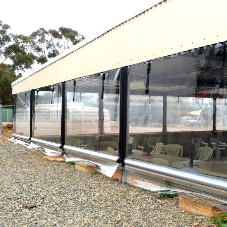 تطبيقات PVC في خيمة خارجية وغطاء مضاد للأشعة فوق البنفسجية