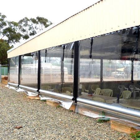Aplicații din PVC în corturi exterioare și huse anti-UV