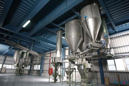 نظام تخزين مركبات الـ PVC ونظام الترجيح الأوتوماتيكي_ شيه كوين للبلاستيك