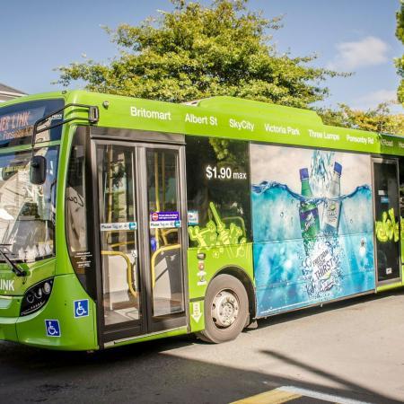 Grafică de vinil pentru autobuz - Aplicații din PVC