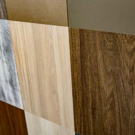 Podele din PVC cu textură din lemn - Aplicații din PVC