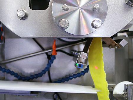 ANKO स्वचालित ट्रिपल-लाइन शुमाई मशीन आटा बेल्ट बनाने