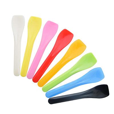 Cuchara De Helado De 9.5cm Con Forma Especial - Colorido fabricante de cucharas de helado batido de leche de forma duradera, el largo es de 9,5 cm.
