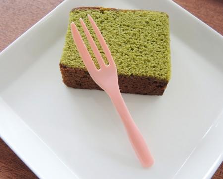 स्पंज केक के लिए केक कांटा