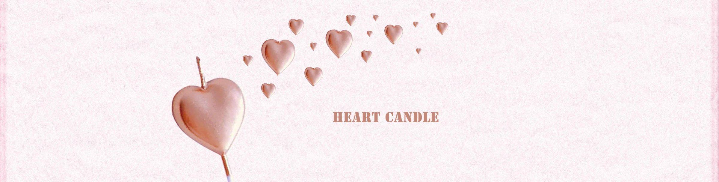 Nến bánh hình trái tim tổ chức một bữa tiệc với những điều lãng mạn