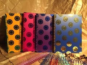 Placage coloré Cahier à spirale - Cahier à spirale de placage coloré avec effet d'aluminium chaud