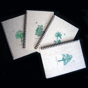 Cahier à spirale avec feuille