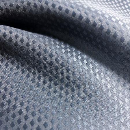 Tissu léger 100 % polyester 75D - Tissu avec des propriétés hydrofuges et durables.