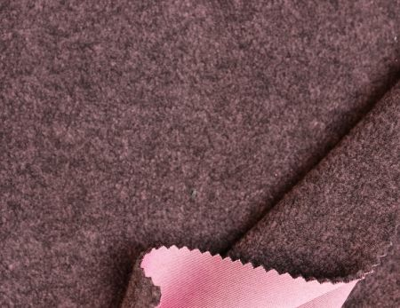 Polaire de maintien au chaud en poly Blackheat - Rayons infrarouges lointains, protection UV, maintien au chaud.