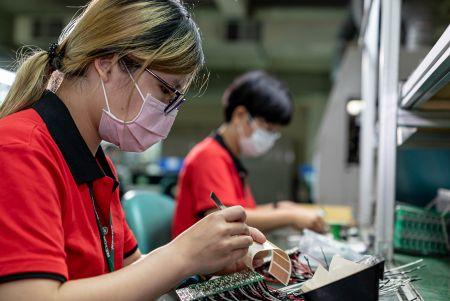 خدمات SMT / DIP - المصنع