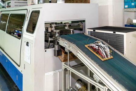SMT/DIP-Services - Fabrik