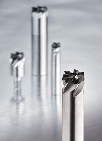 El macho indexable patentado en todo el mundo es el producto más innovador con inserto indexable para la aplicación de roscado.