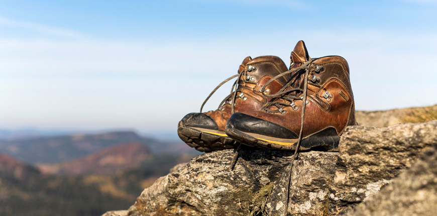 내구성 있는 천을 사용하면 신발 성능을 향상시킬 수 있습니다.