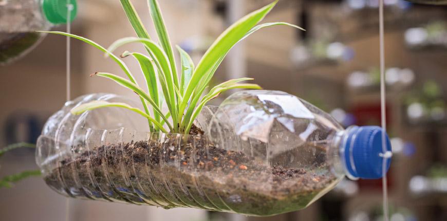 플라스틱 폐기물을 섬유 원료로 전환합니다.