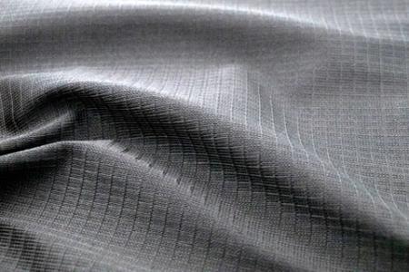 CORDURA® AFT:格型針織網布。