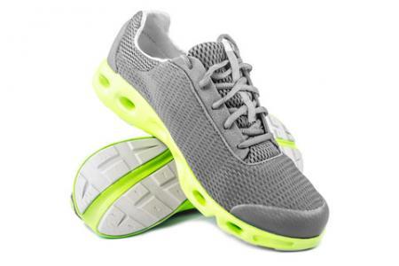 CORDURA® AFT 패브릭은 스포츠 신발에 적합합니다.
