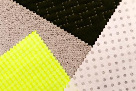 보온/단열원단 - 다양한 최종 용도에 따라 열 조절 패브릭 패키지를 사용자 정의할 수 있습니다.