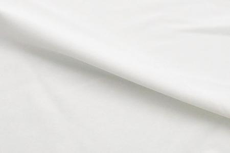 Outlast® 含浸型布料 - 適用於與皮膚接觸的產品,如運動服、休閒服。