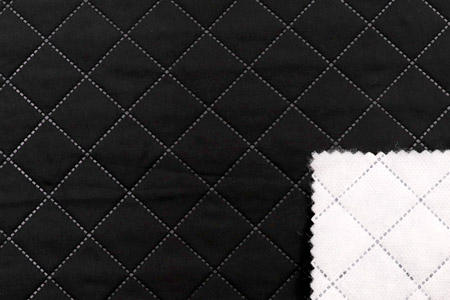 Lightweight and warmth, with seamless quilted pattern.