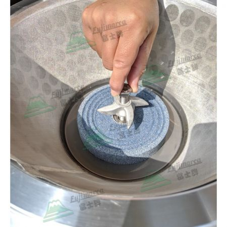 Filter net and grinding stone of soybean grinding machine