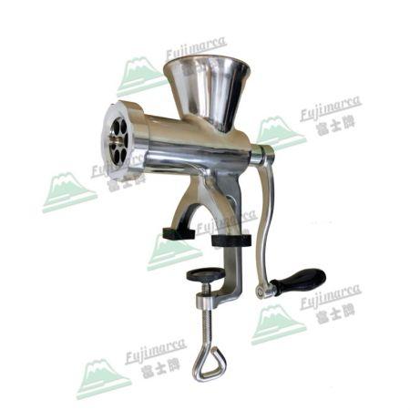 手動絞肉機 (不鏽鋼) - 可全機拆洗,不擔心生鏽。