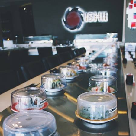 I-type ang sanggunian-Hindi kinakalawang na asero Magnetic Induction Sushi Conveyor - Hindi kinakalawang na asero Magnetic Induction Sushi Conveyor