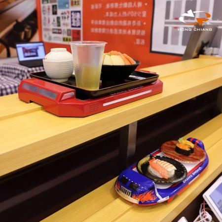 Turnable Sushi Train and Flat Car