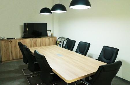 台湾鴻匠科技会社の会議室