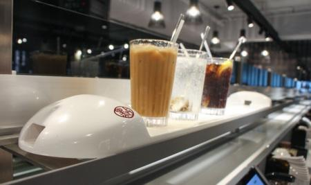 Đồ uống cũng có thể được vận chuyển an toàn bằng Bullet Train.