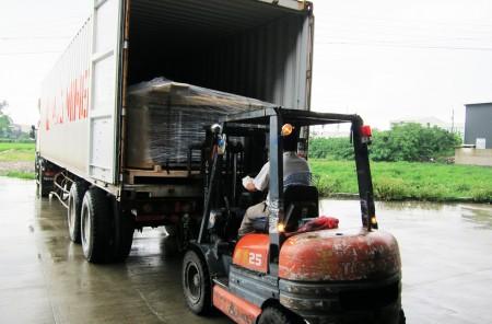 出荷と積み込み