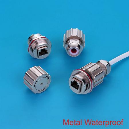 Connecteur métallique étanche