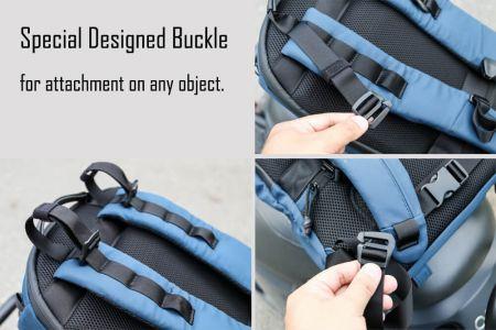 Batoh vyrobený se speciálně navrženou přezkou