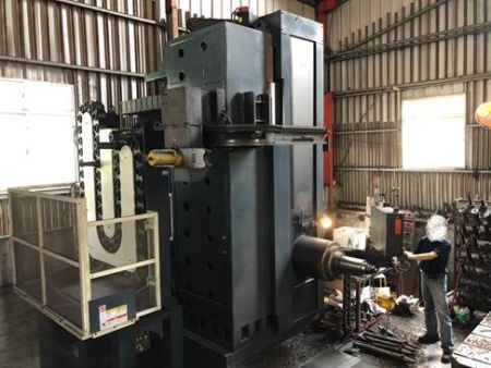 JOHNFORD CNC Horizontal Boring Mill - BMC-130 JOHNFORD CNC Horizontal Boring Mill