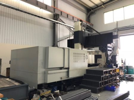 HARTFORD HSA-4260A CNC DOUBLE COLUMN MACHINING CENTER