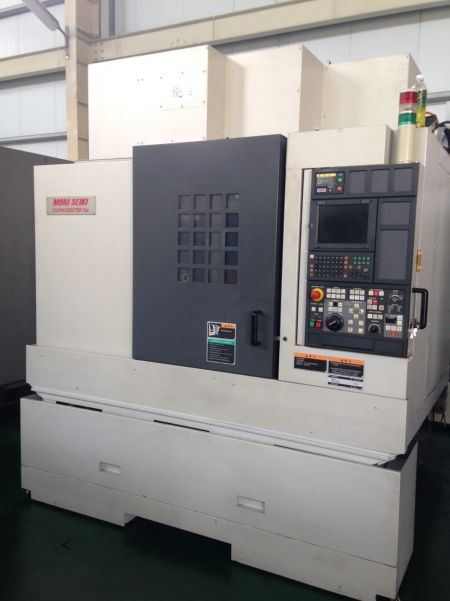 MORI SEIKI DURACENTER 5A CNC VERTICAL MACHINING CENTER