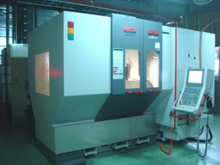 QUASER UX600 CNC GANTRY TYPE 5-AXES MACHINING CENTER