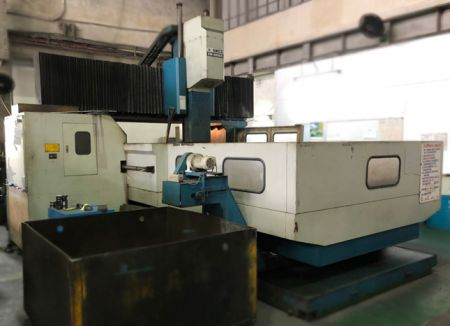 SANCO SM-3000G CNC DOUBLE COLUMN MACHINING CENTER