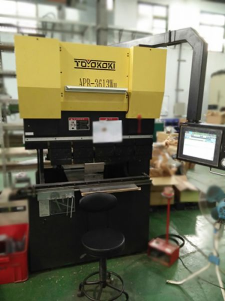 TOYOKOKI APB-3613 BENDING MACHINE