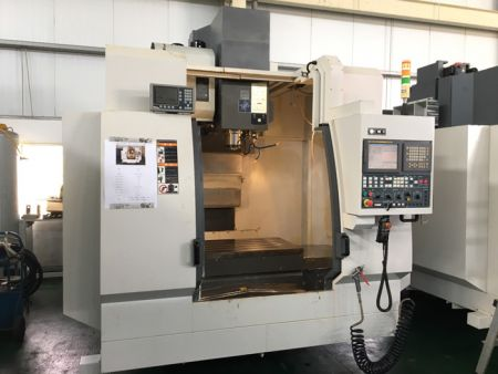 YCM MV106A CNC VERTICAL MACHINING CENTER