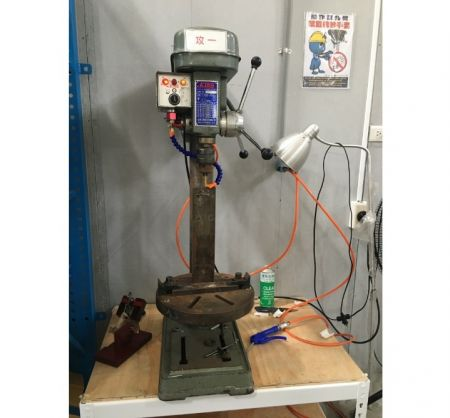Tapping Machine para ONE Touch door close